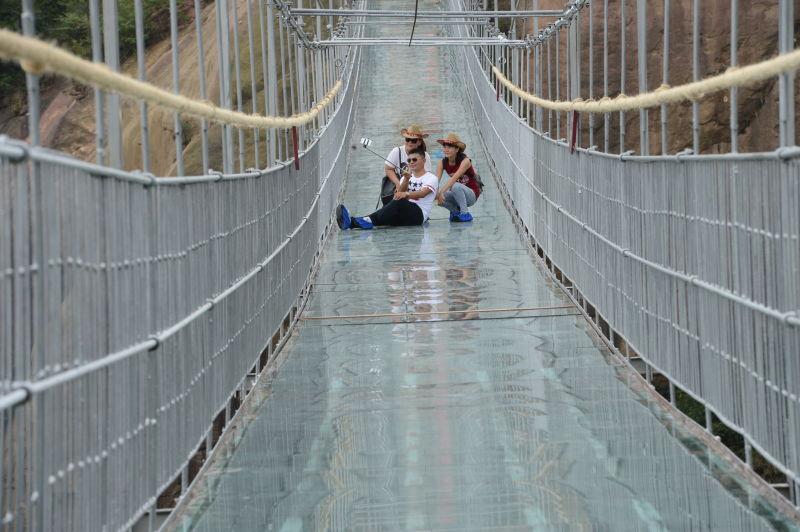 najduži-stakleni-most-6