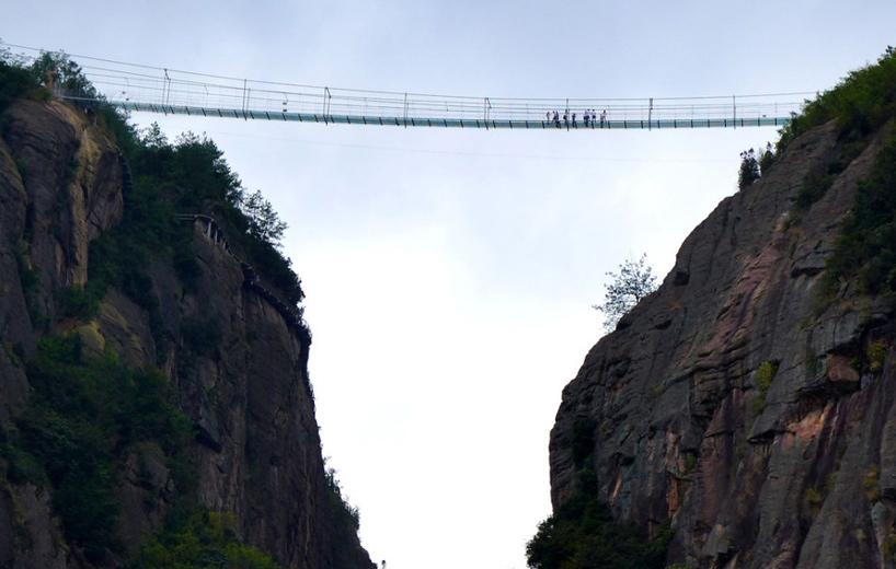 najduži-stakleni-most-7