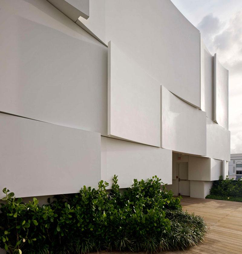 Divna fasada novootvorene Diorove trgovine