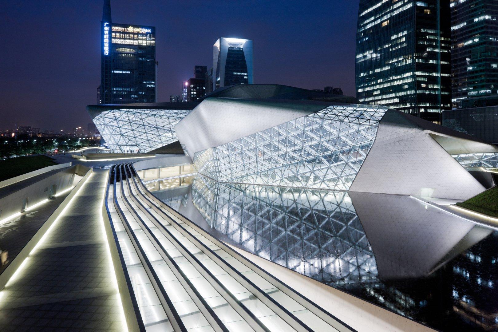 zaha-hadid-guangzhou-opera-house-4
