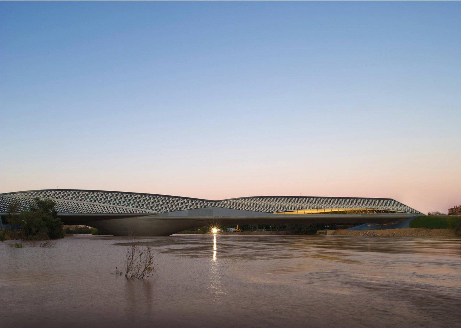 zaha-hadid-zaragoza-bridge-pavilion