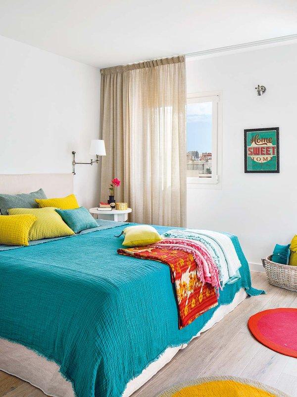 Stan u Mallorci pun šarenih dekoracija