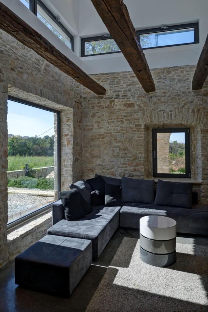 Rekonstrukcija stare kamene kuće u Puli