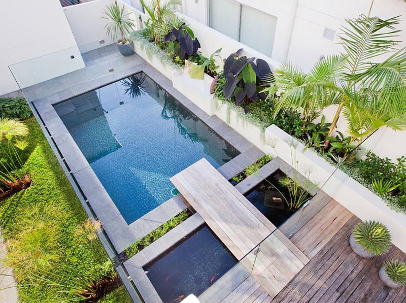 Zaboravite zimu i uronite u ovaj prekrasan bazen
