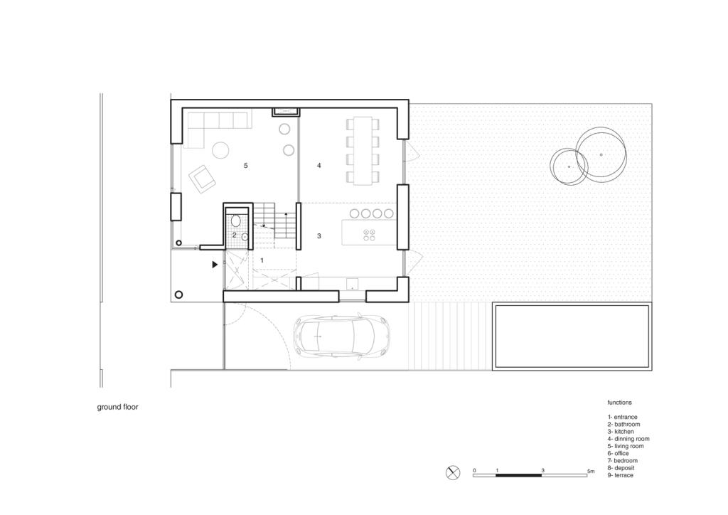 Jedna kuća četiri etaže