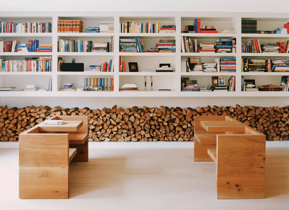 Drvene cjepanice kao ogrijev i kao dekoracija