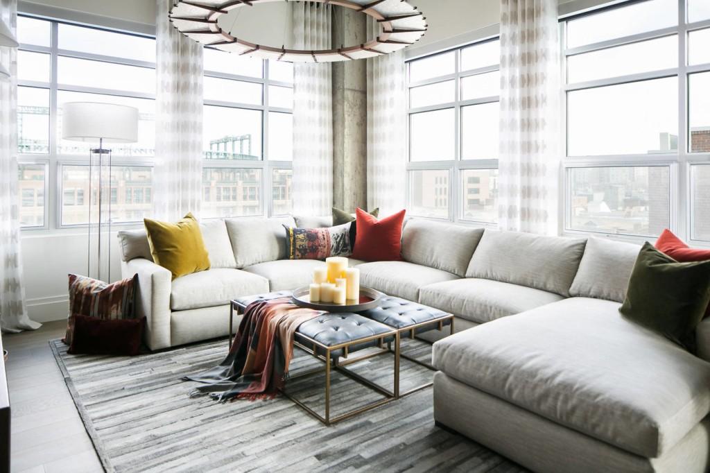 Luksuzno uređen stan sa ponešto drugačijim stropom