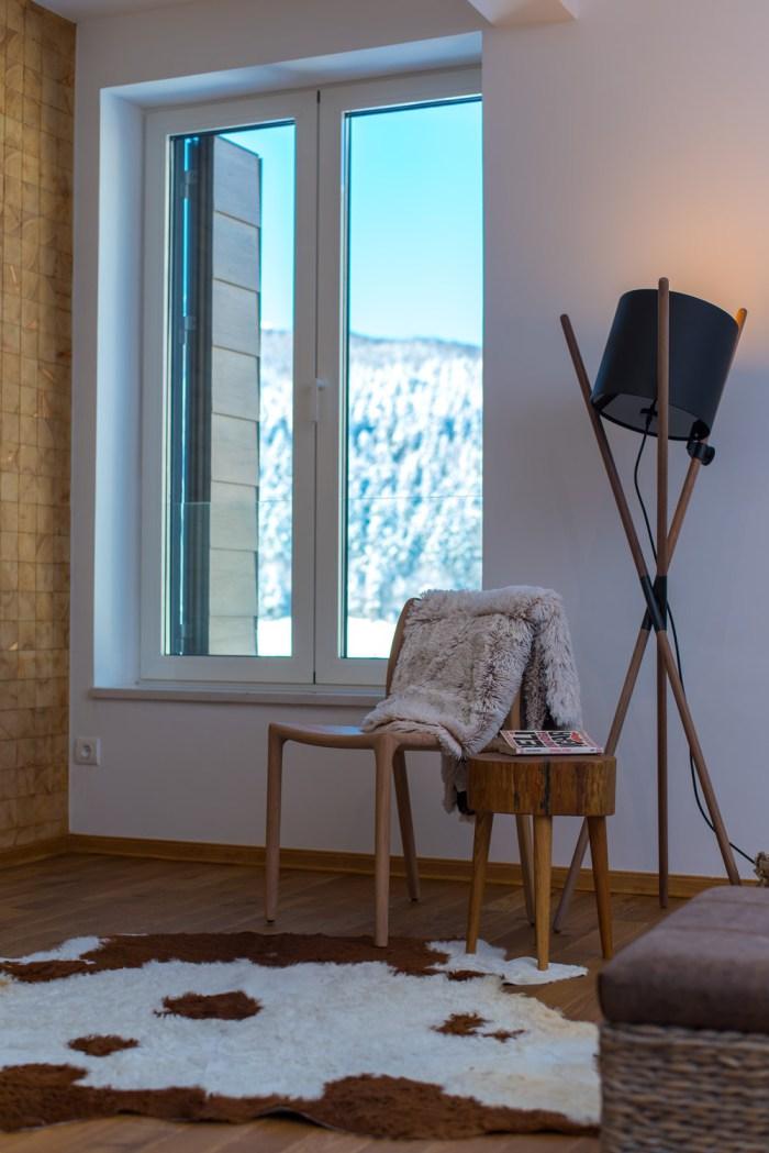 Skandinavski interijer sa pogledom na Bjelašnicu