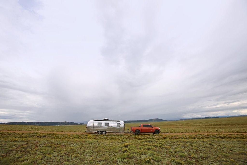 Novi interijer stare Airstream kamp prikolice