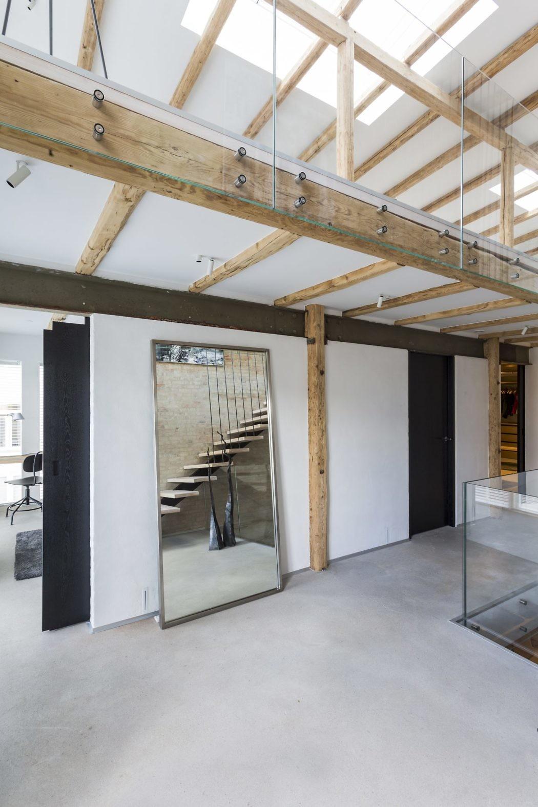 Poslovni prostor preuređen u obiteljsku kuću