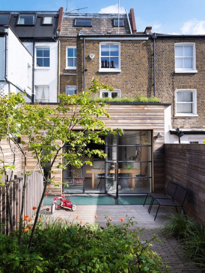 nekoliko ideja za uređenje malih terasa