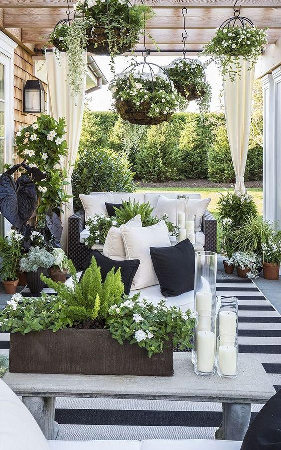 Nekoliko primjera uređenja male terase