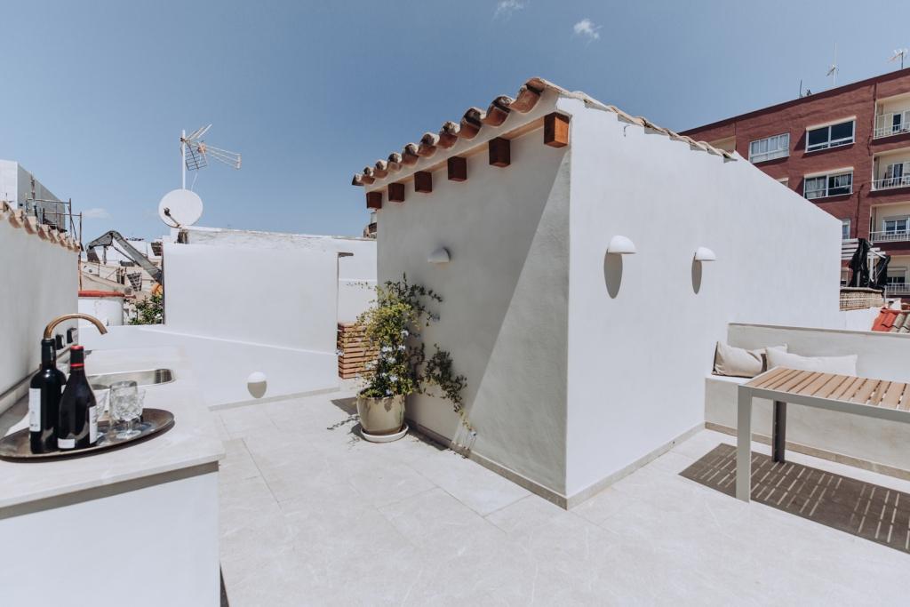 Prizemnica sa terasom na krovu